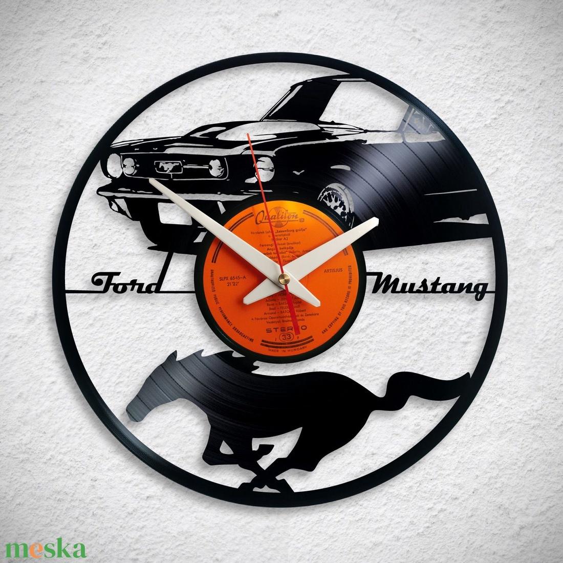 Ford Mustang - Bakelit falióra - otthon & lakás - dekoráció - falióra & óra - Meska.hu