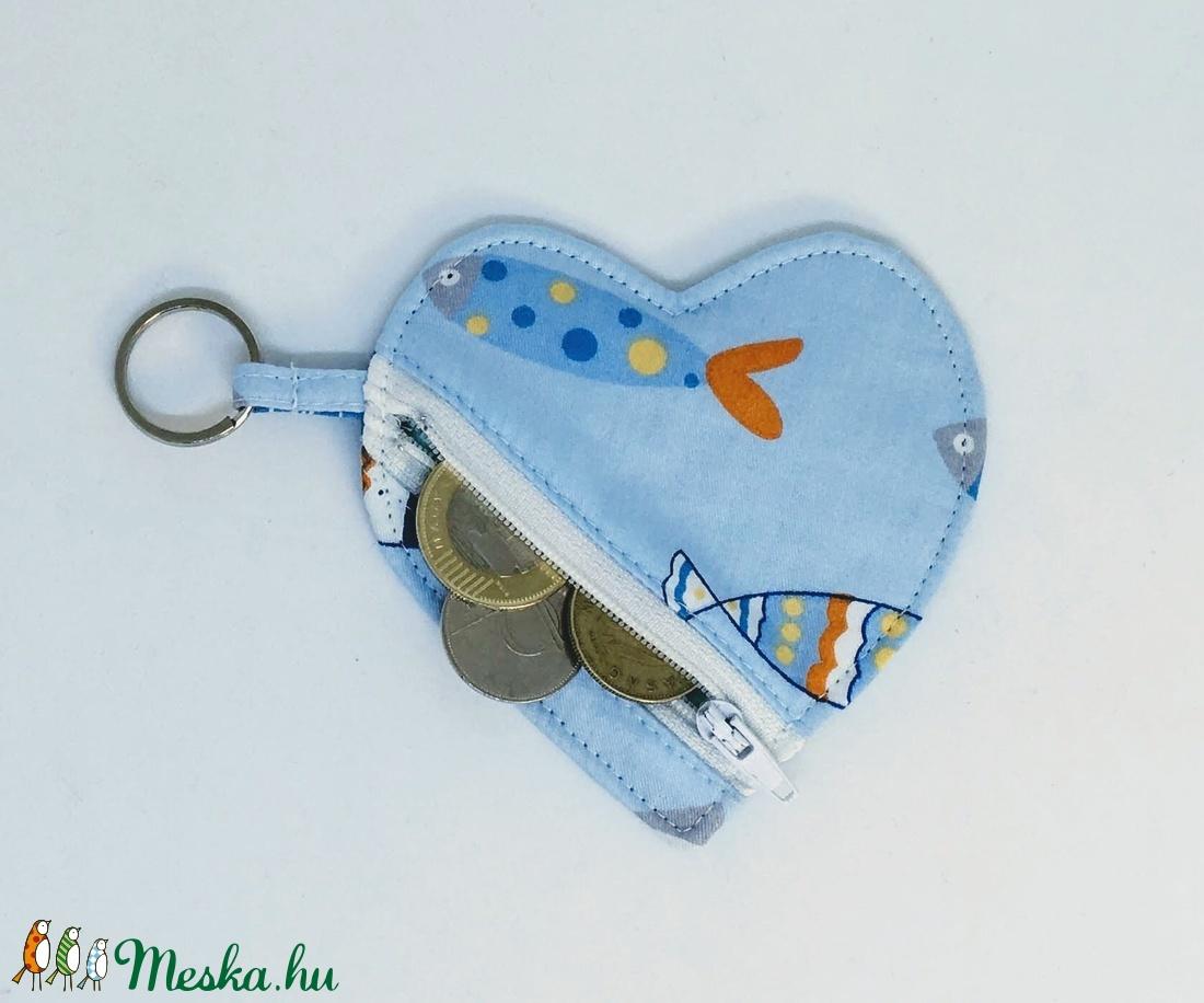 Fülhallgató tartó (szív alakú) (gabidea) - Meska.hu cf8f5b7874