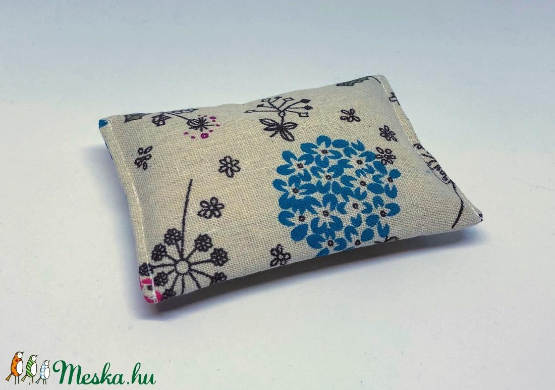 Papírzsebkendő tartó (virágmintás) (gabidea) - Meska.hu aaecd462f8