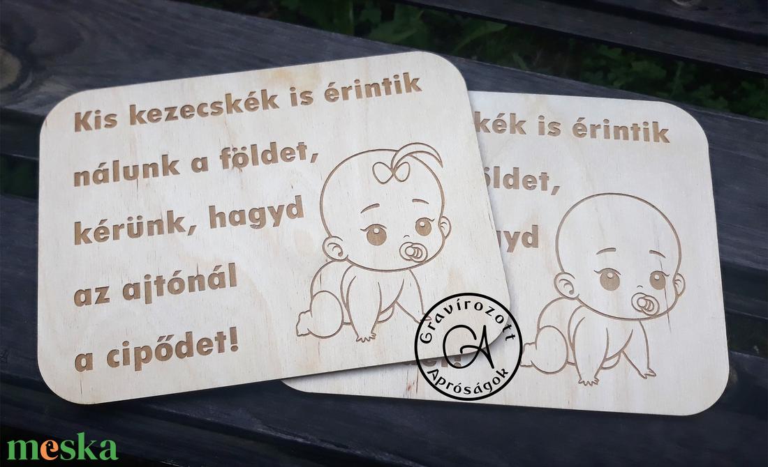Kis kezecskék... - tábla - otthon & lakás - dekoráció - táblakép - Meska.hu