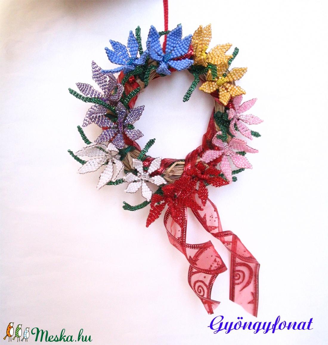 Ajtódísz gyöngyből készült virágokkal - otthon & lakás - dekoráció - ajtódísz & kopogtató - Meska.hu