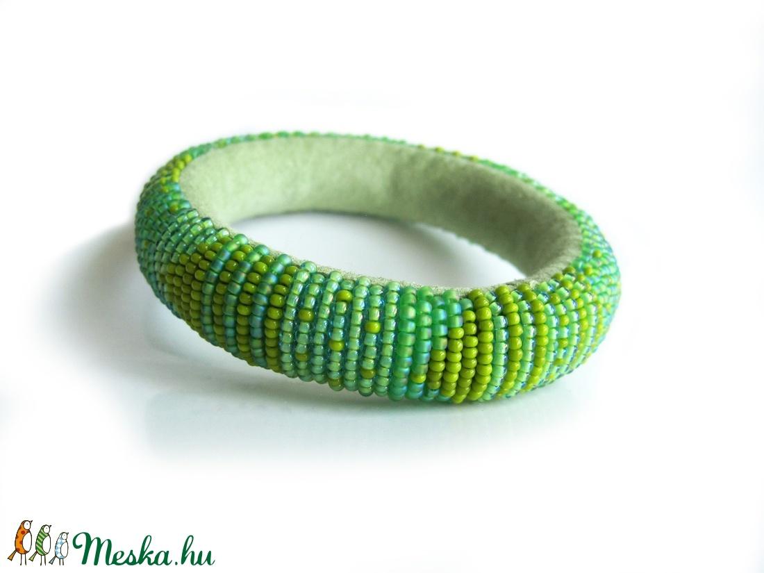 Kedvenc színem a zöld