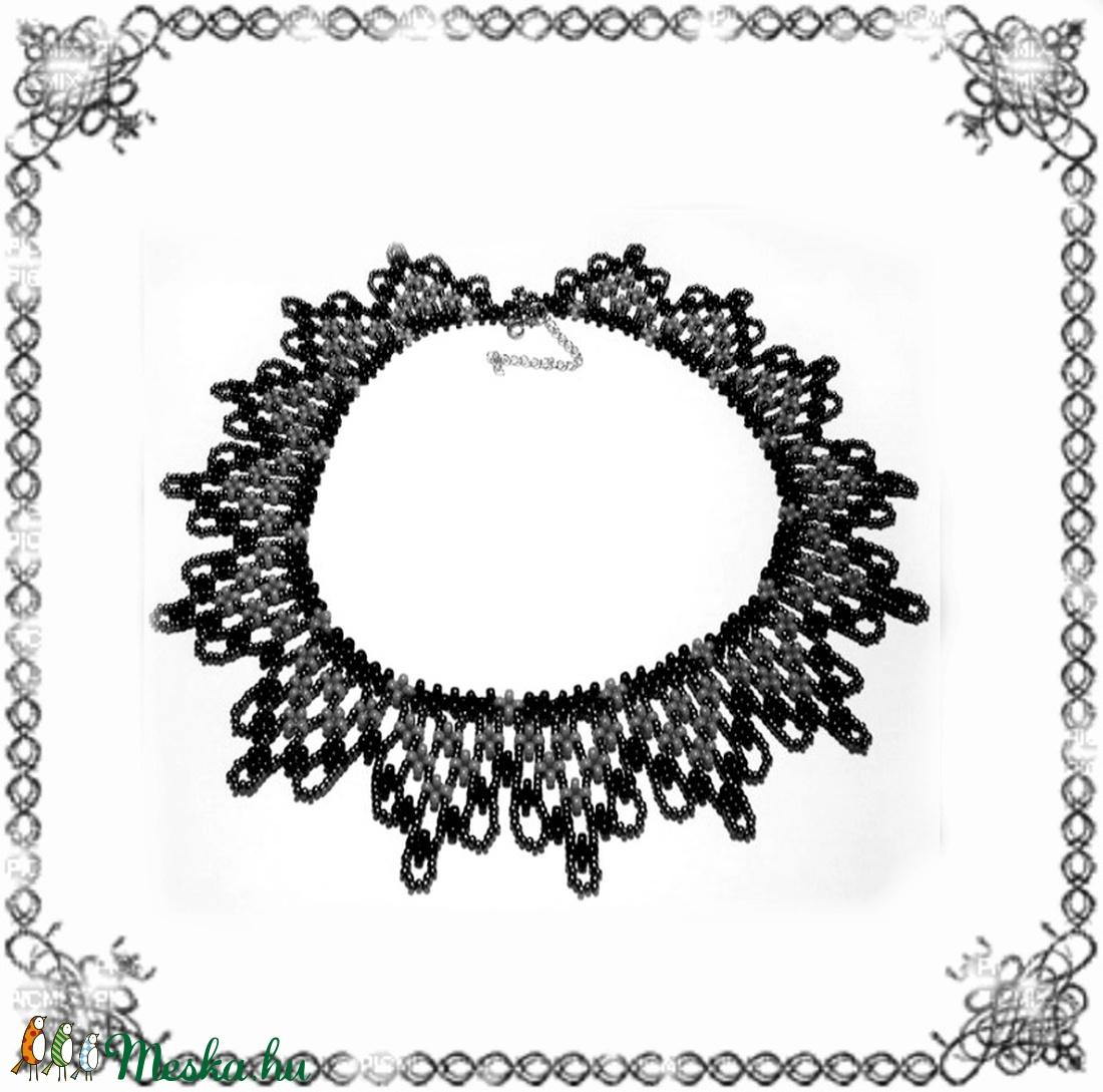 Kásagyöngyből készült apró virág mintás nyaklánc SL-GY07-5 - ékszer - nyaklánc - gyöngyös nyaklác - Meska.hu