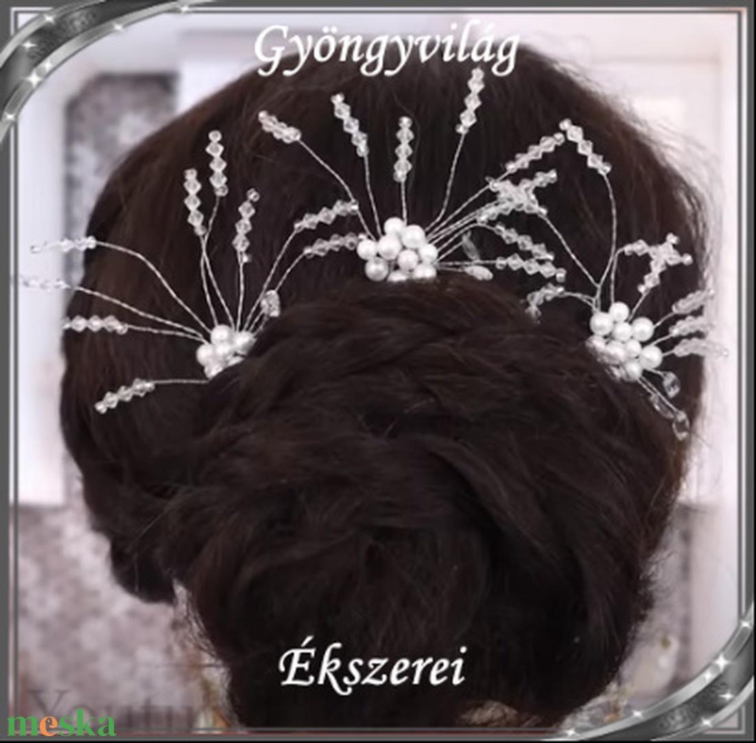 Ékszerek-hajdíszek, hajcsatok: Esküvői, menyasszonyi, alkalmi hajdísz S-H-TŰ13 e-cl-feh. 1szett/3db - esküvő - hajdísz - fésűs hajdísz - Meska.hu