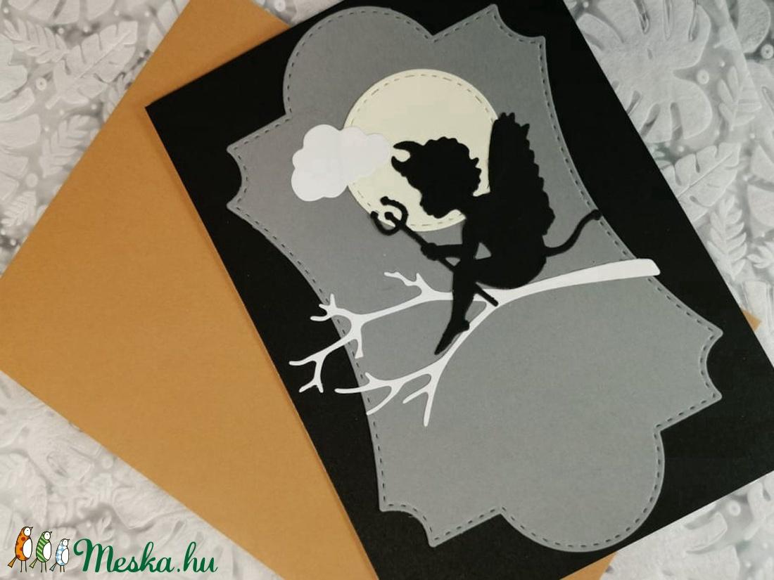 Kisördög képeslap, üdvözlőlap, ajándékkísérő : HMB2103_47 - otthon & lakás - papír írószer - képeslap & levélpapír - Meska.hu