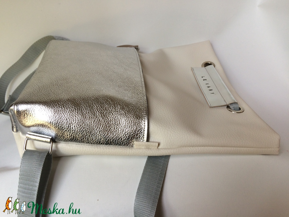 ... TEKLA bag törtfehér ezüst bőr zsebes hátizsák (hegymegigabi) - Meska.hu  ... 8e3d95141a