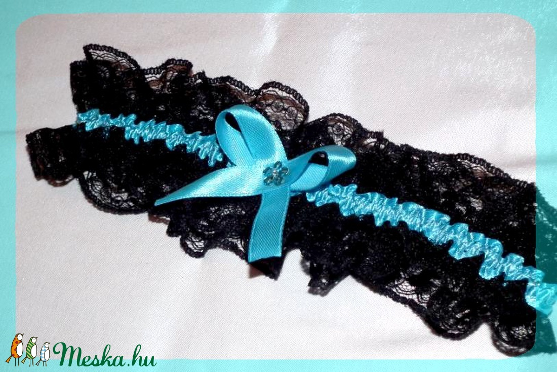 Démoni türkiz fekete combcsipke - méretre készítve (heidy3) - Meska.hu b33ead6554