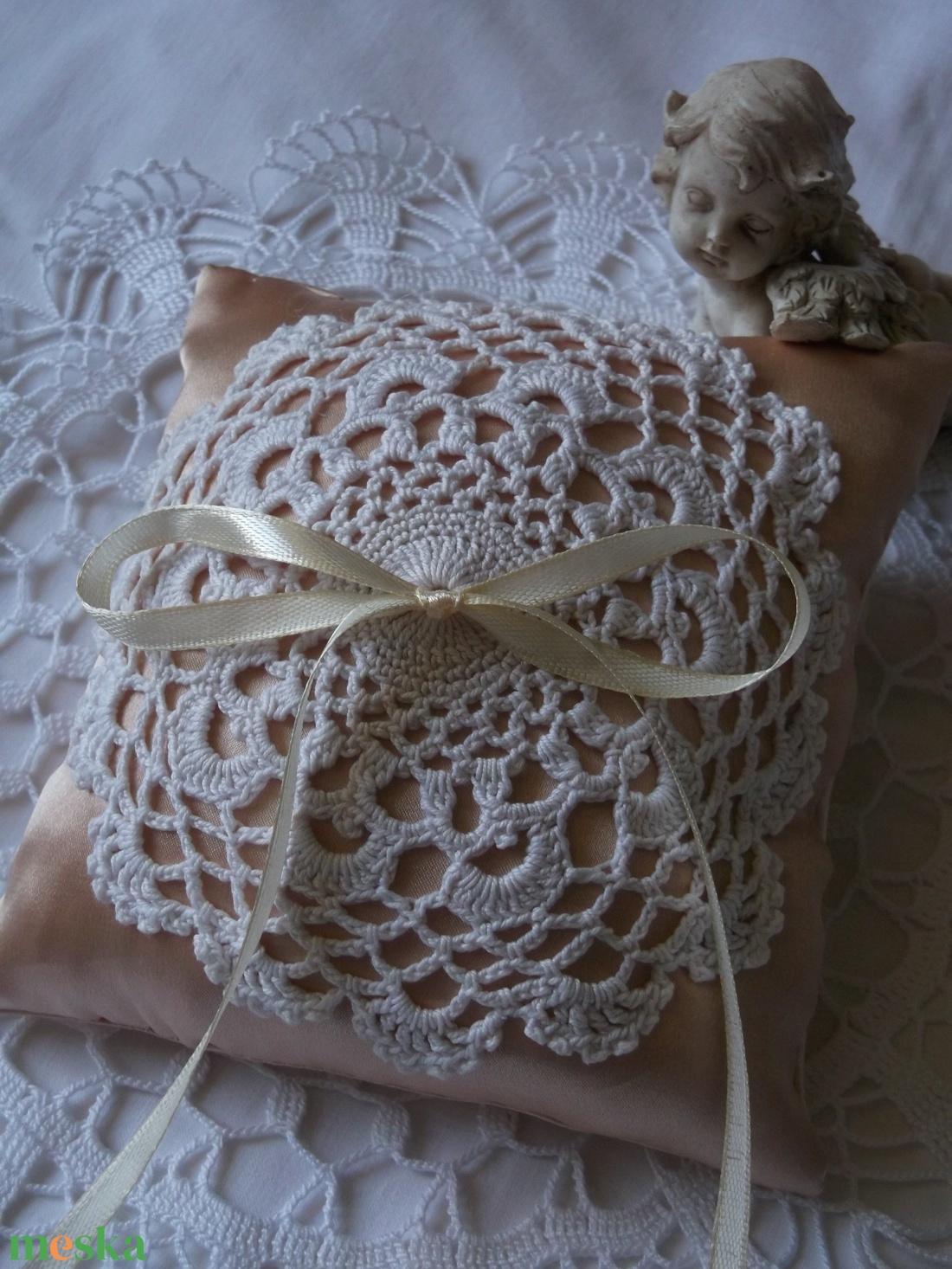 Vintage. Gyűrűpárna. - esküvő - kiegészítők - gyűrűtartó & gyűrűpárna - Meska.hu