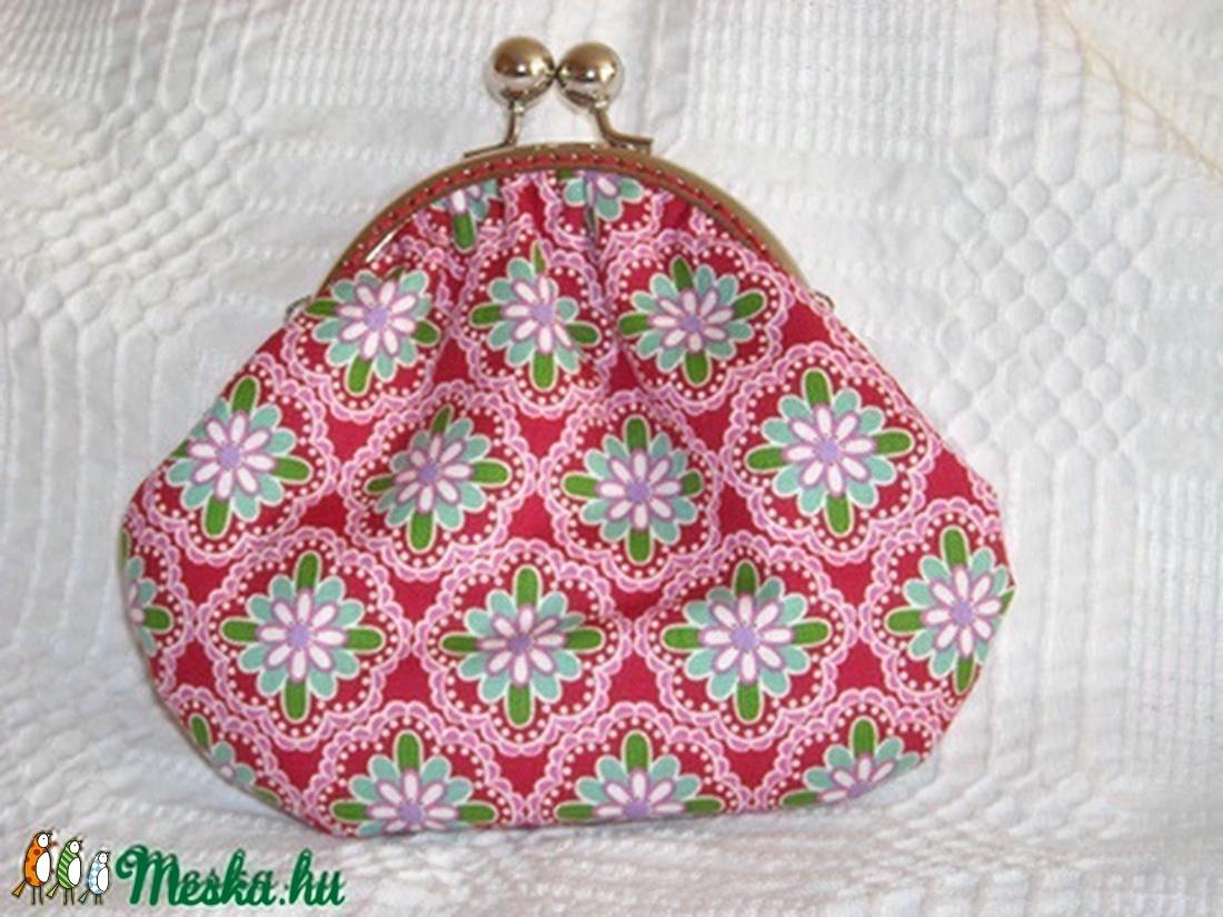 piros virágos erszény (HMargo) - Meska.hu