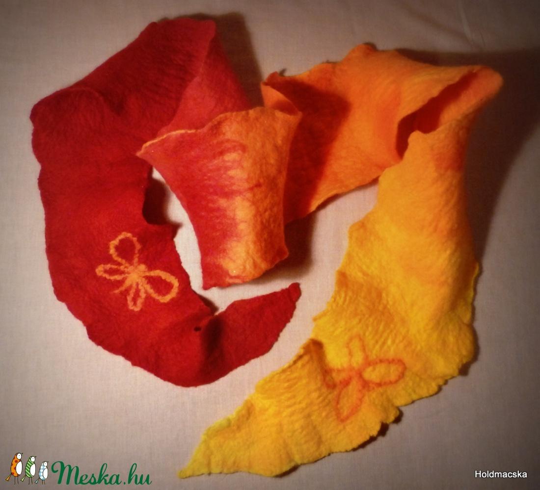 Pille könnyű, pillangós szett - ruha & divat - sál, sapka, kendő - sapka & sál szett - Meska.hu