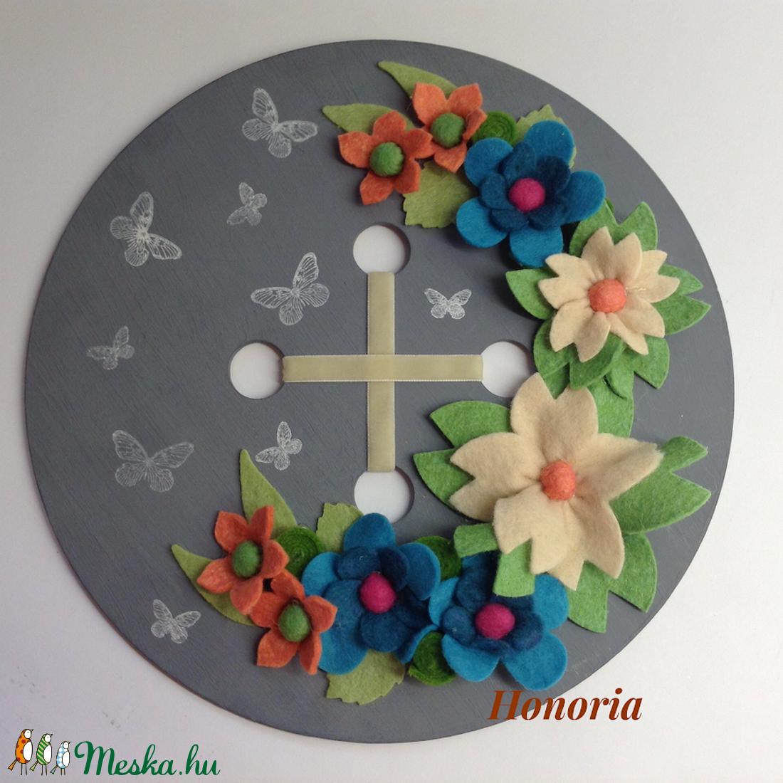 Pillangókkal teli réten....- ajtó/fali dísz - otthon & lakás - dekoráció - ajtódísz & kopogtató - Meska.hu