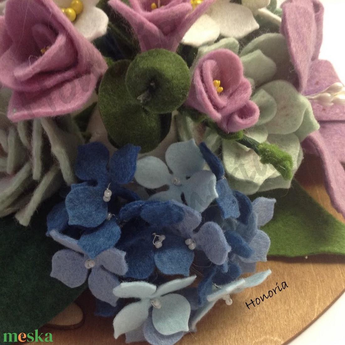 Álom csokor-filc/nemez virágokkal - esküvő - dekoráció - asztaldísz - Meska.hu