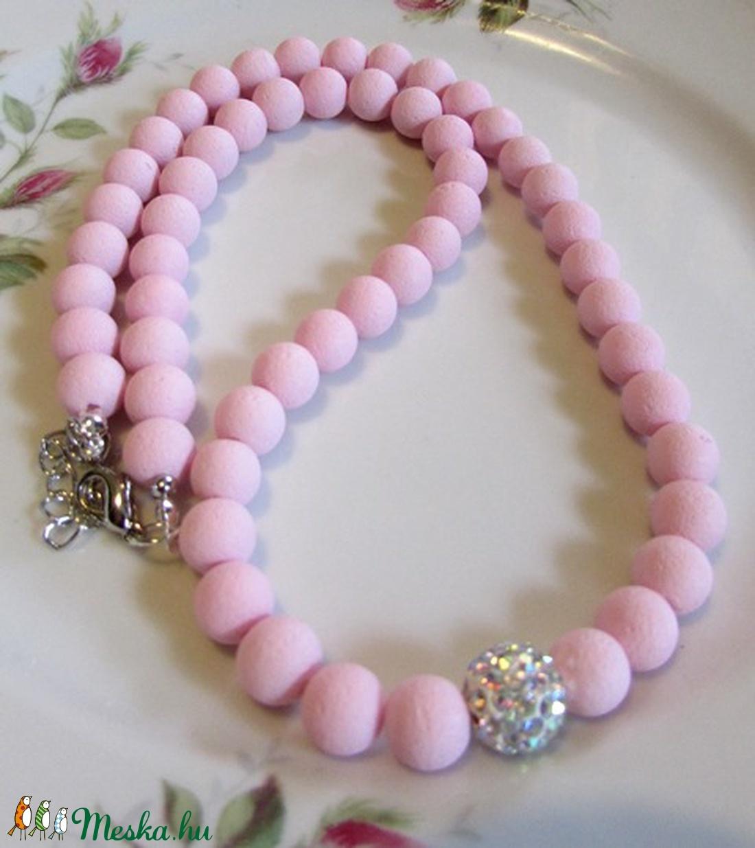 ÜVEGGYÖNGY-gyöngysor/ halvány rózsaszín/ - ékszer - nyaklánc - gyöngyös nyaklác - Meska.hu