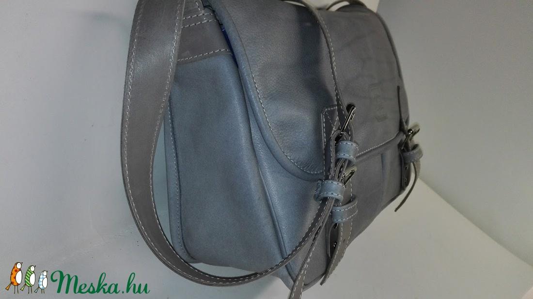Szürke marhabőr táska sétához 6dbea06f7a