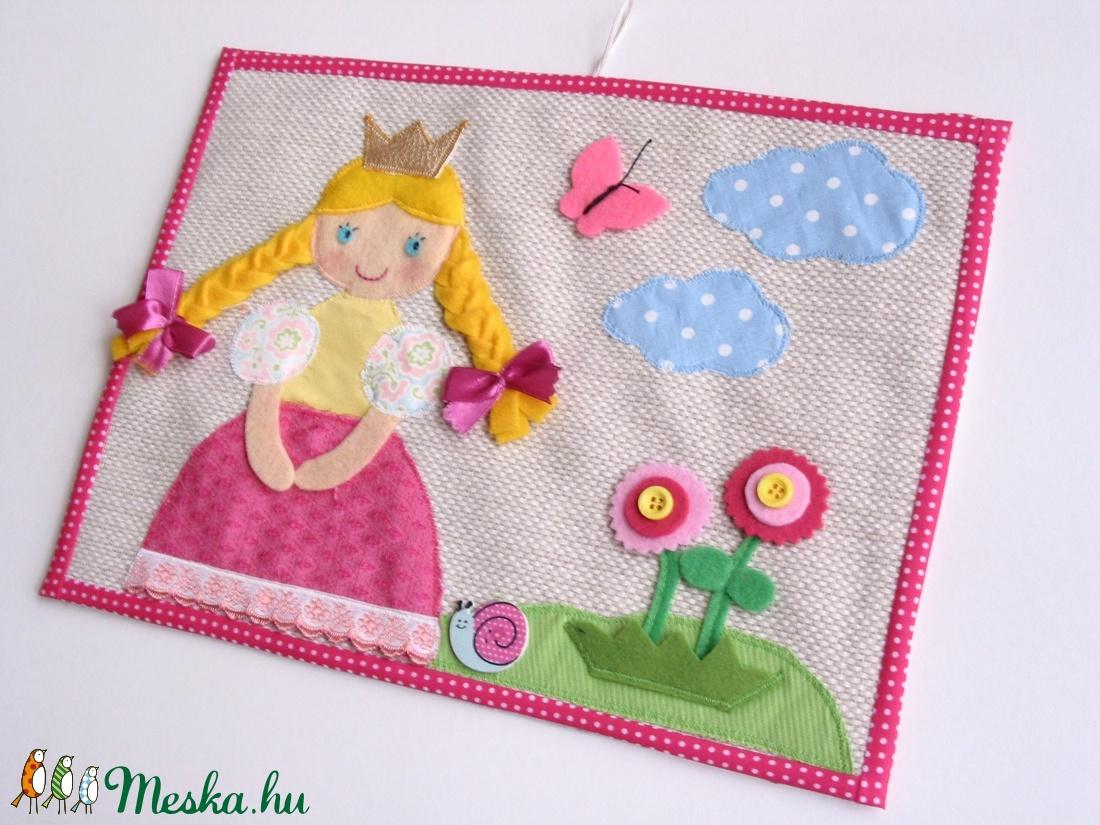 Királylányos-virágos-pillangós textilkép (Azonnal vihető) - otthon & lakás - dekoráció - kép & falikép - Meska.hu