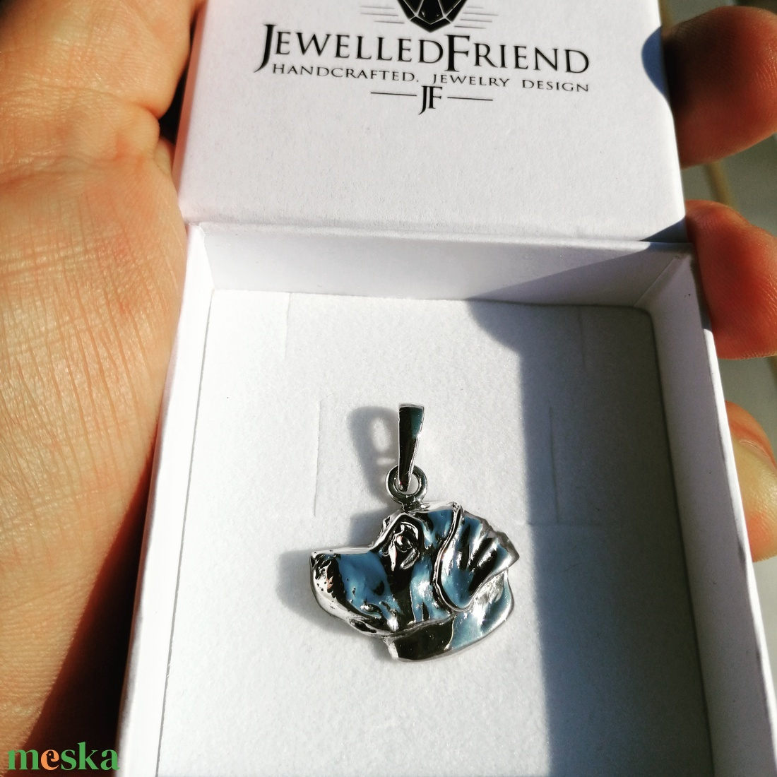 Labrador ezüst medál díszdobozban. (jewelledfriend) - Meska.hu