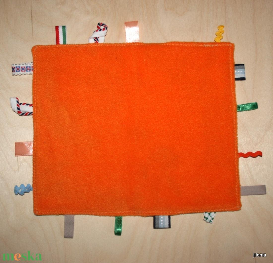 állatos narancssárga babajáték címkerongyi - játék & gyerek - 3 éves kor alattiaknak - alvóka & rongyi - Meska.hu