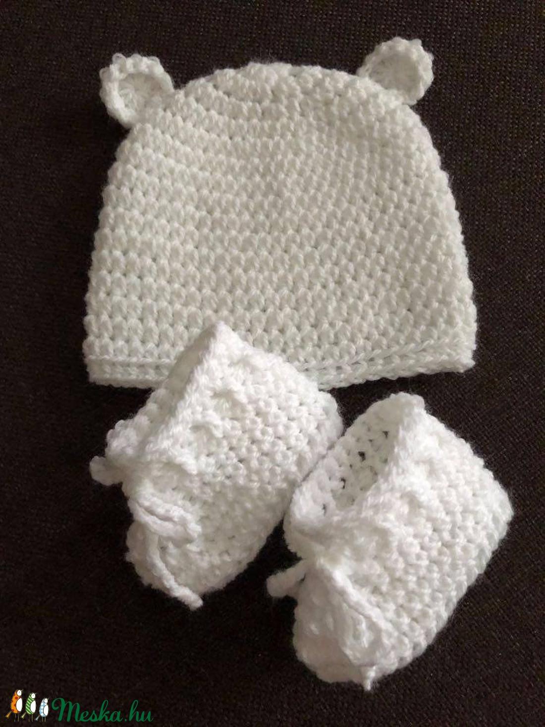Macisapka-cipő szett 0-3 hónapos méret, fehér - ruha & divat - babaruha & gyerekruha - babasapka - Meska.hu