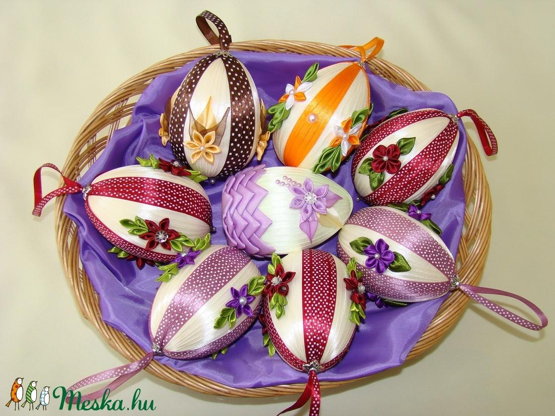 tojás széles szalaggal)