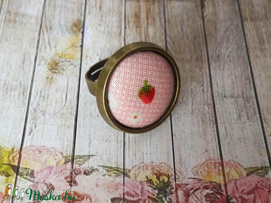 Pici eper - textilgombos gyűrű (Kenza) - Meska.hu