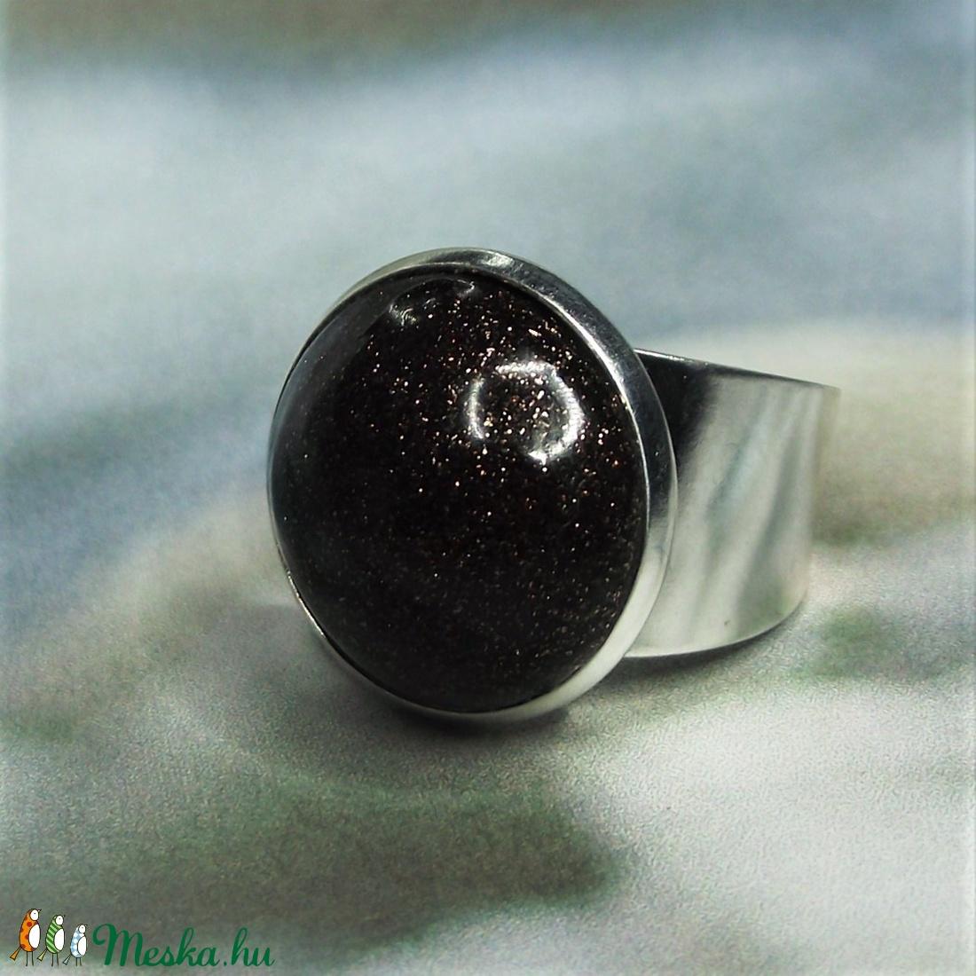 UNIKORNIS csillogó aranybarna kerámia gyűrű - Ajándék lányoknak nőknek névnapra születésnapra (keramika) - Meska.hu