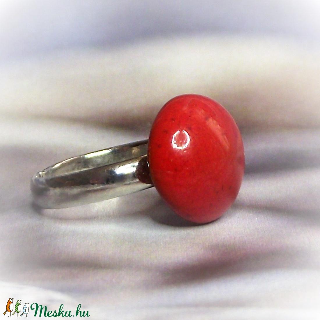 Piros kerámia gyűrű kislányoknak - Gyermek ékszer - Gyermekgyűrű  - ékszer - gyűrű - szoliter gyűrű - Meska.hu