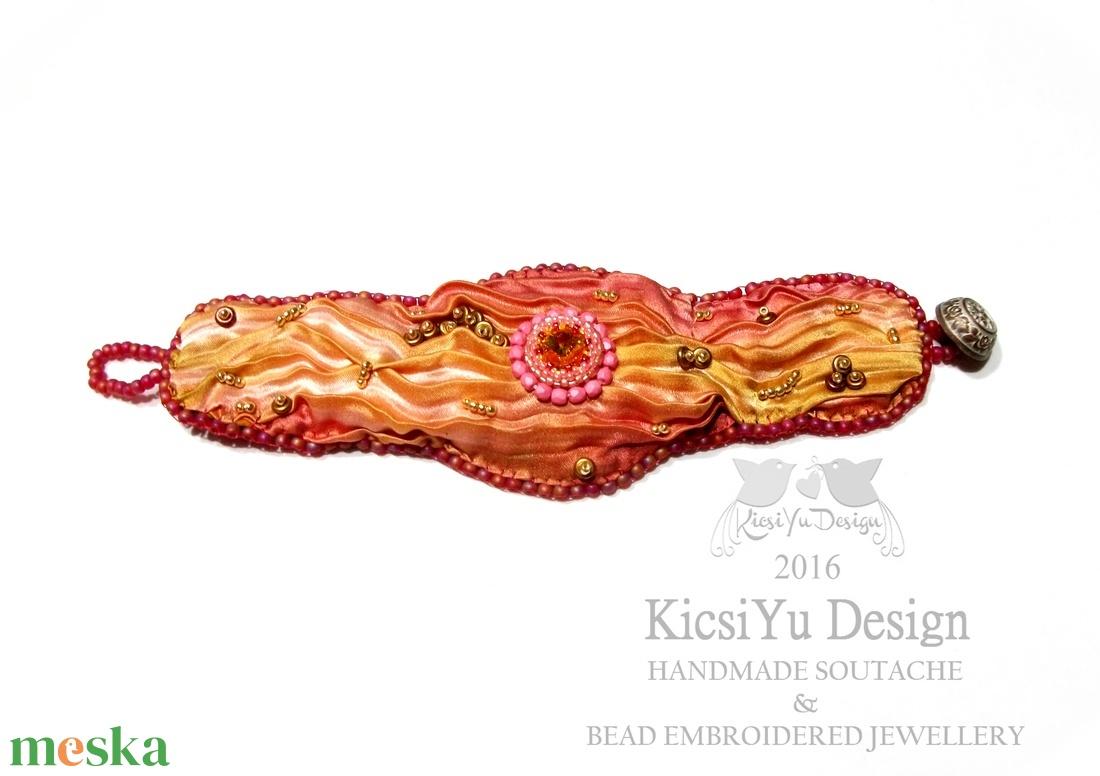 Shibori selyemmel készült gyöngyhímzett karkötő - ékszer - karkötő - széles karkötő - Meska.hu
