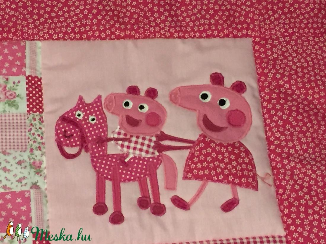 patchwork falvédő,takaró, falvédő, Peppa malac, és Kockás fülű nyúl - otthon & lakás - lakástextil - falvédő - Meska.hu