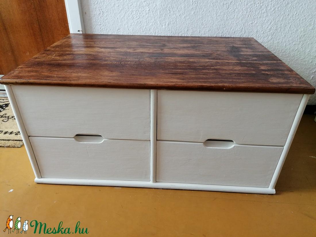 kézzel festett fiókos szekrény (Kisboszi) - Meska.hu