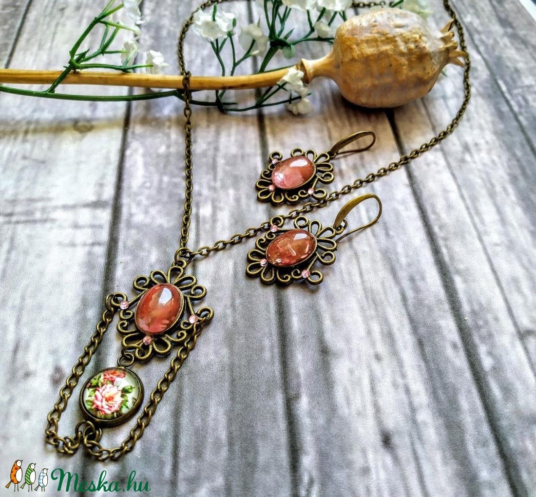 Vintage rózsaszín, kristály köves, virágos nyaklánc  - ékszer - ékszerszett - Meska.hu