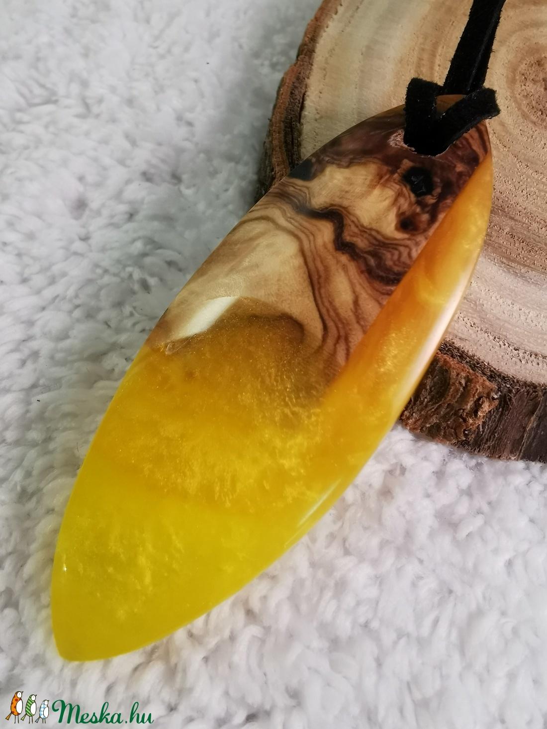 Sárga ovális - ékszer - nyaklánc - medálos nyaklánc - Meska.hu