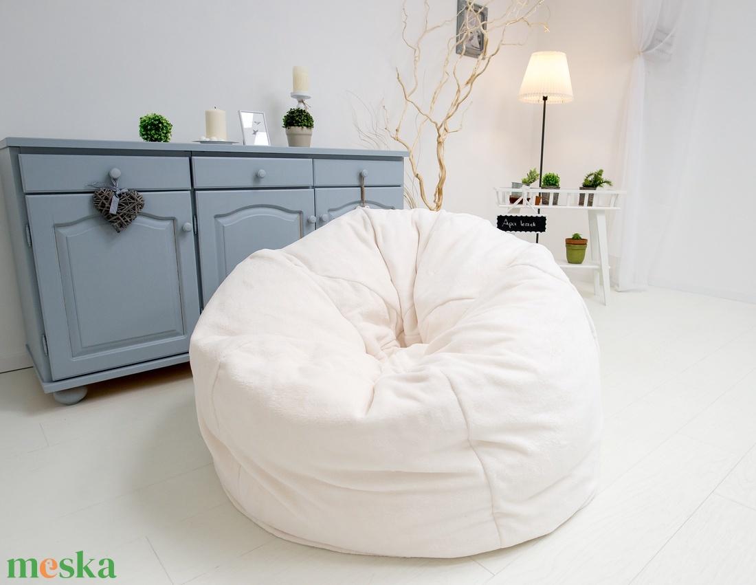 Luxus, műszőrme babzsák fotel felnőtteknek és tiniknek, design babzsákfotel felnőtteknek, műszőrme babzsák (kolyokdzsungel) - Meska.hu