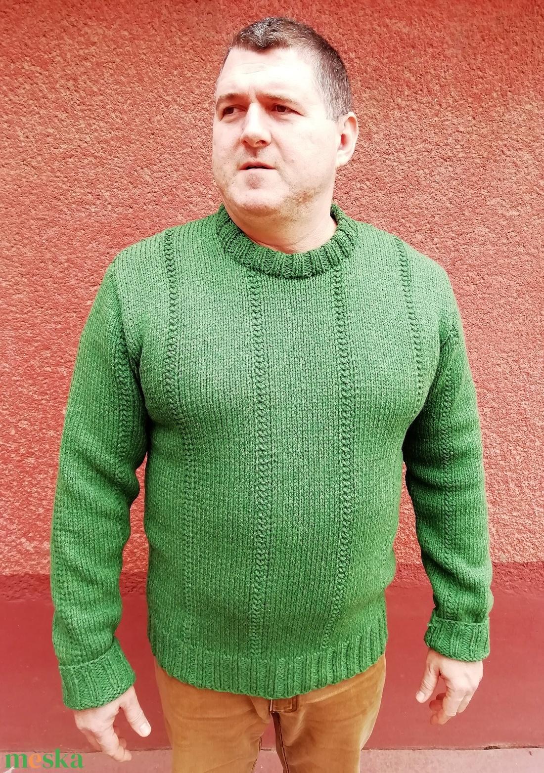 Kézzel kötött zöld férfi pulóver (KreaCsilla) - Meska.hu 43c5d288ab