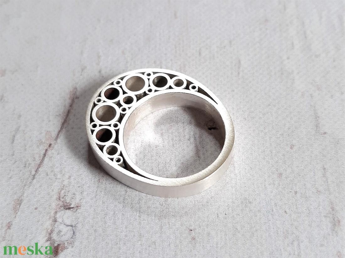 Modern ezüst gyűrű 5. - ékszer - gyűrű - statement gyűrű - Meska.hu