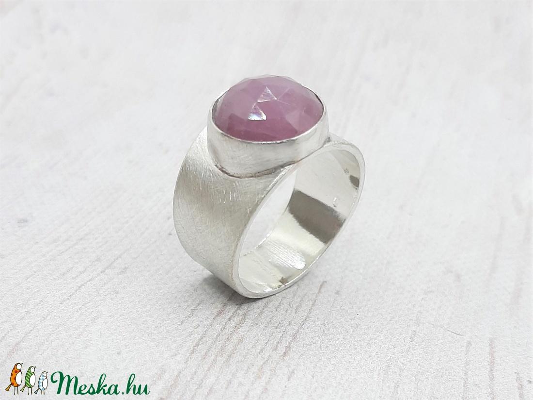 Pink zafír ezüst gyűrű  - ékszer - gyűrű - statement gyűrű - Meska.hu