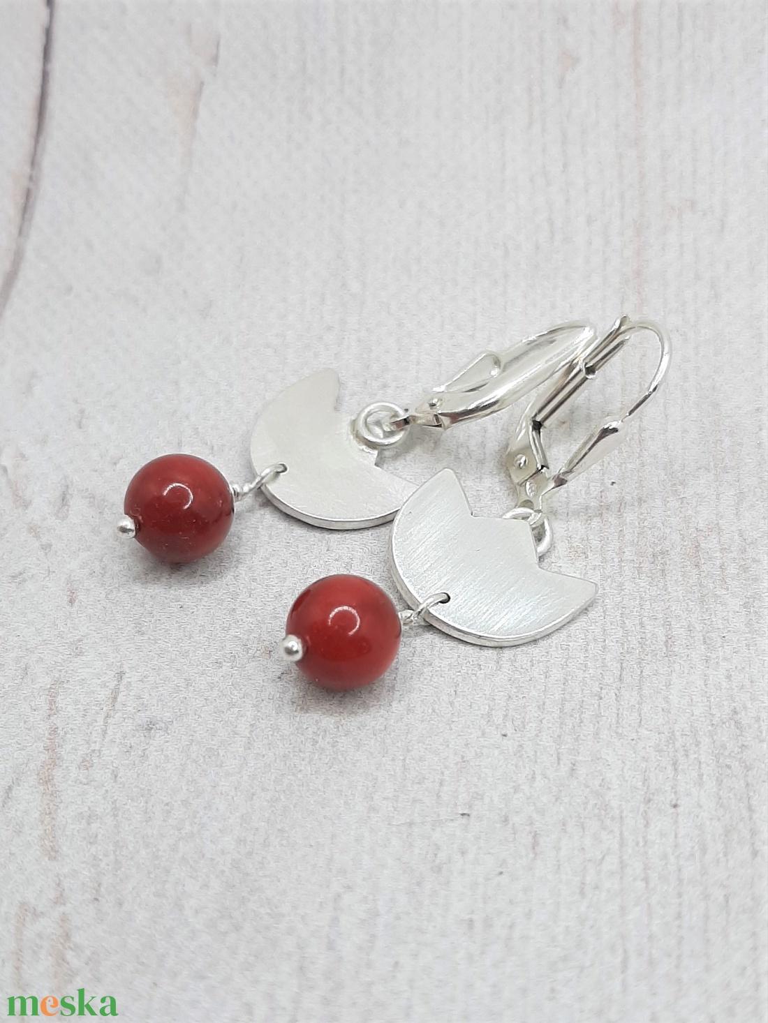 Vörös korall tulipán ezüst fülbevaló  - ékszer - fülbevaló - lógó fülbevaló - Meska.hu