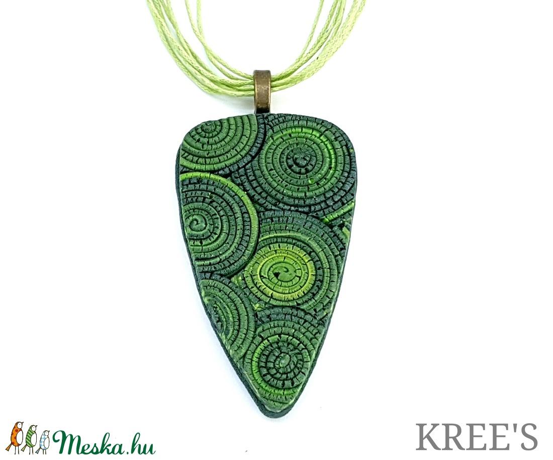 Zöld csigamintás ékszergyurma nyaklánc  (KREES) - Meska.hu