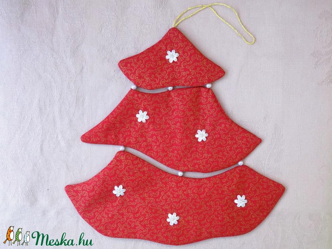 Piros fenyőfa karácsonyi dekoráció ajtóra, ablakba - karácsony - karácsonyi lakásdekoráció - karácsonyi ablakdíszek, ablakmatricák - Meska.hu