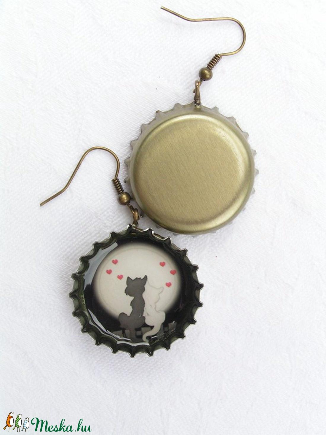 Szerelem a holdfényben - söröskupak fülbevaló (KrianaDesign) - Meska.hu