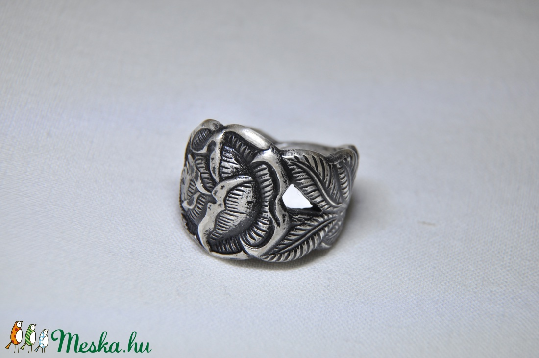 Antik rózsa gyűrű (GY006) - ékszer - gyűrű - kerek gyűrű - Meska.hu