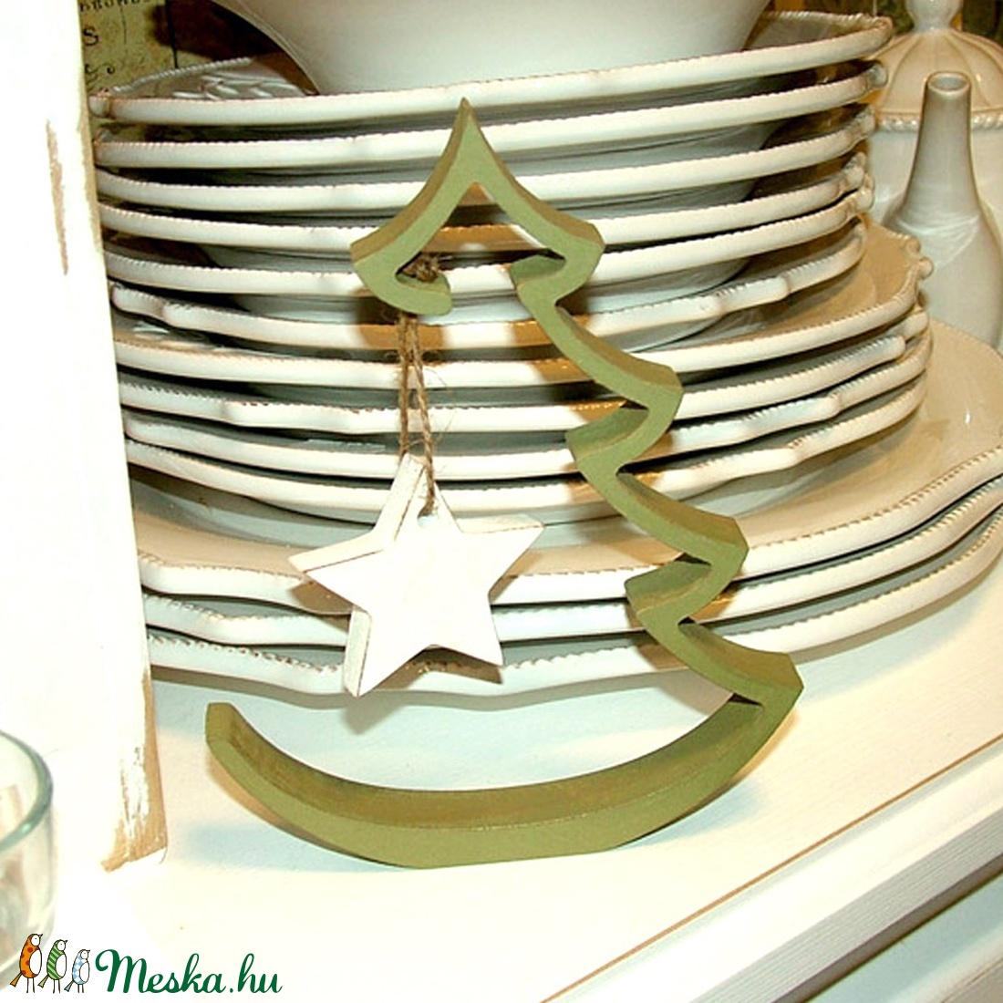Stilizált karácsonyfa csillaggal (kucserjavaolga) - Meska.hu