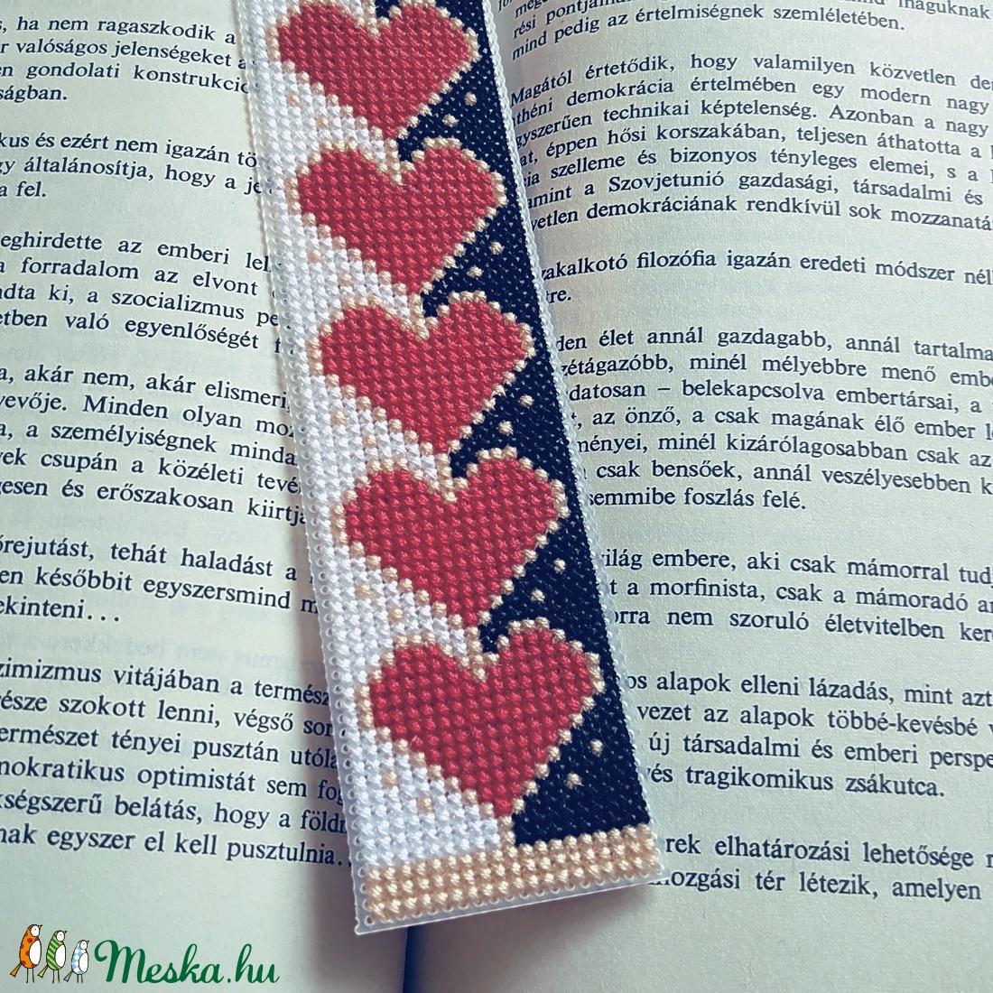 Könyvjelző - Meska.hu