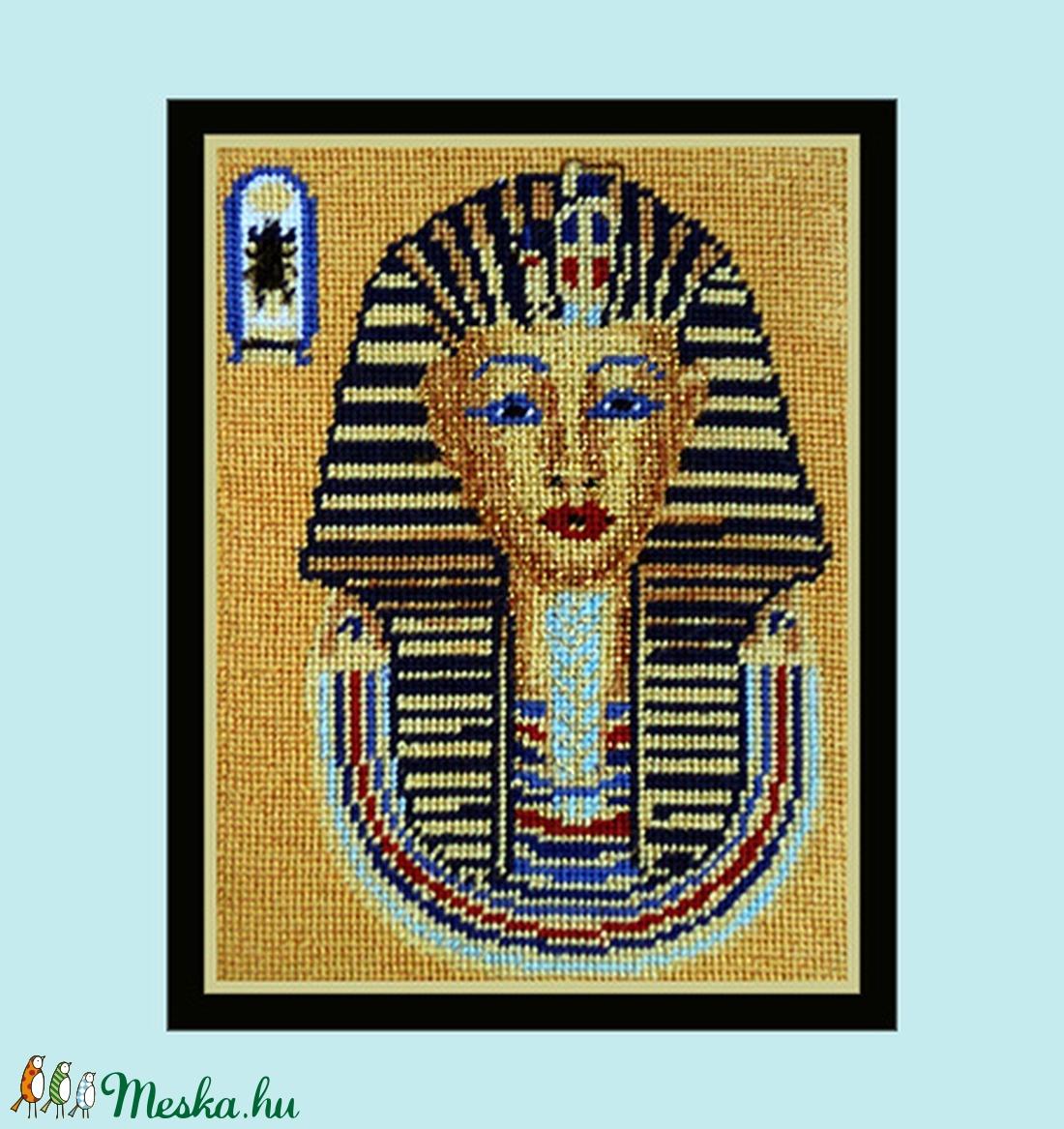 Gobelinkép, petit point, címe: Tutanhamon (Lehnerella) - Meska.hu