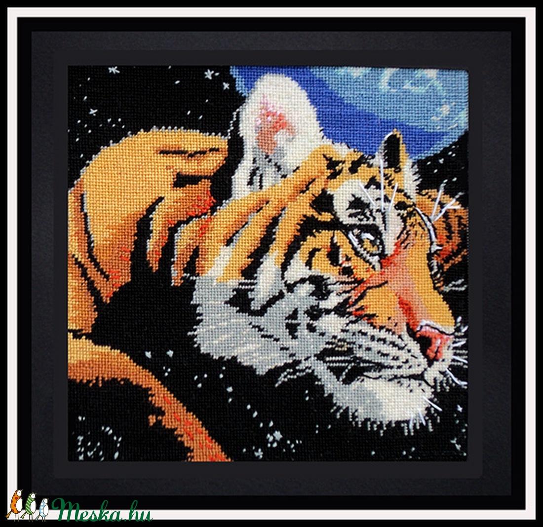 Gobelin, petit point, tigris (Lehnerella) - Meska.hu
