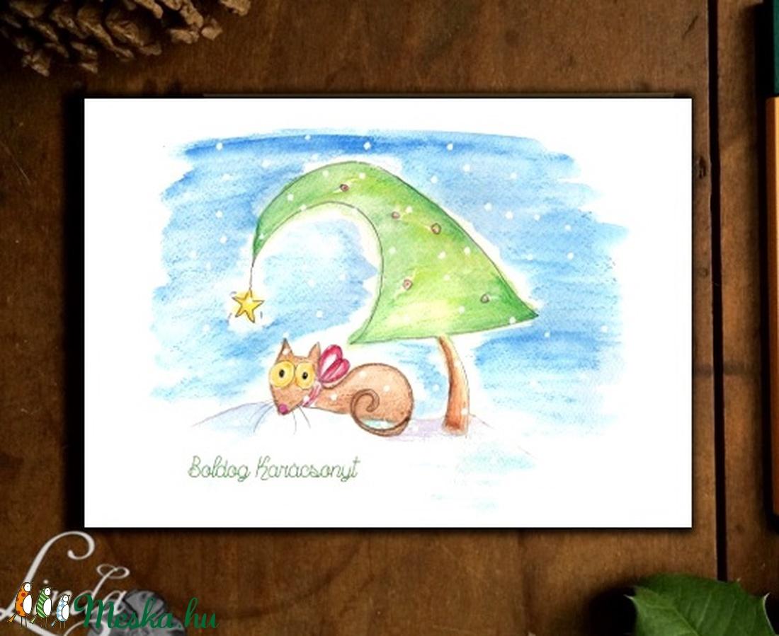 Karácsonyi Képeslap, Állatos, cicás, Cuki, Adventi, cica, Karácsonyi üdvözlőlap, Ünnepi ap, Karácsonyfa, hó - karácsony - karácsonyi ajándékozás - karácsonyi képeslap, üdvözlőlap, ajándékkísérő - Meska.hu