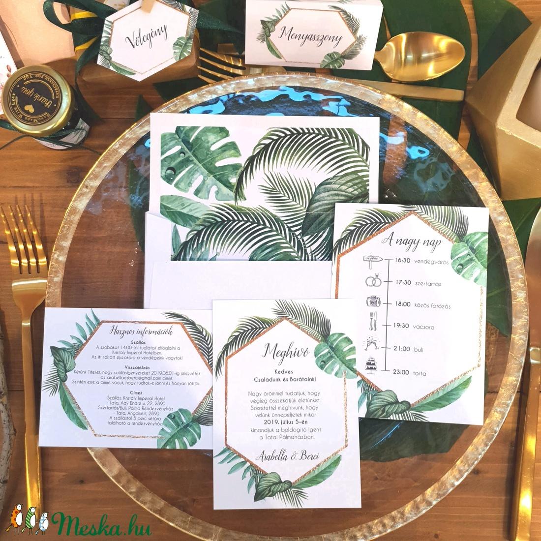 Trópusi, nyári, esküvői meghívó, bélelt boríték, pálmaleveles, geometriai, geometrikus, hatszög, zöld, arany - esküvő - meghívó & kártya - meghívó - Meska.hu