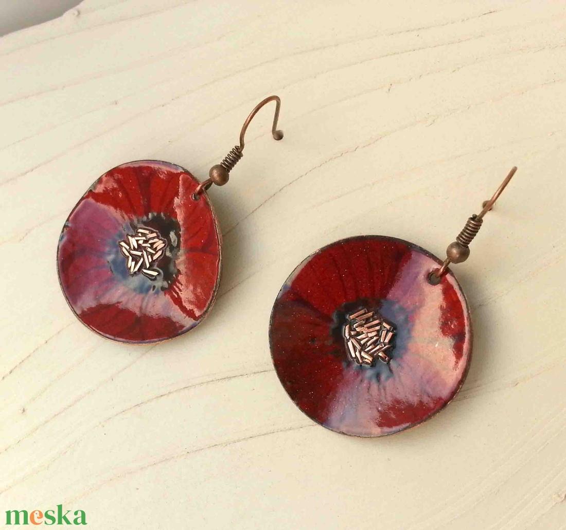 Bordó anemona pipacs virág tűzzománc fülbeavló bordó fülbevaló tűzzománc pipacs - ékszer - fülbevaló - lógó fülbevaló - Meska.hu
