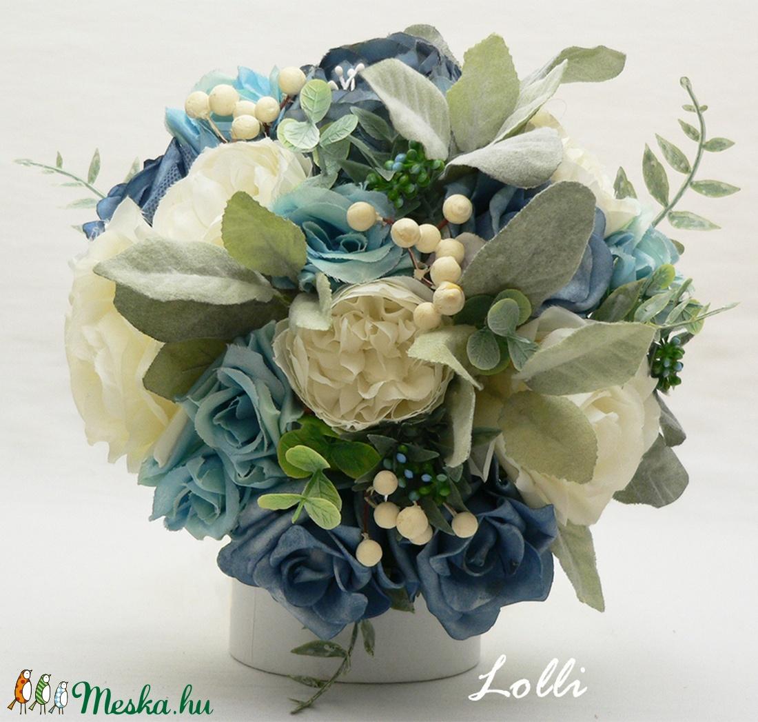 Kék-ekrü rózsás menyasszonyi örökcsokor (Lolli) - Meska.hu