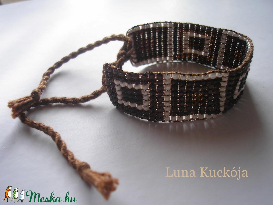 bebcb3167 Négyzetes karkötő (LunaKuckoja) - Meska.hu