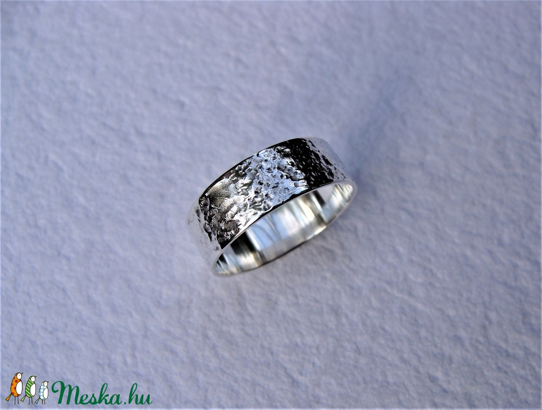 Fantáziamintás ezüst karikagyűrű 2 - ékszer - gyűrű - kerek gyűrű - Meska.hu
